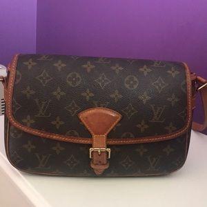Authentic Louis Vuitton Sologne Monogram Bag